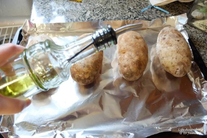 russet-potatoes-oil