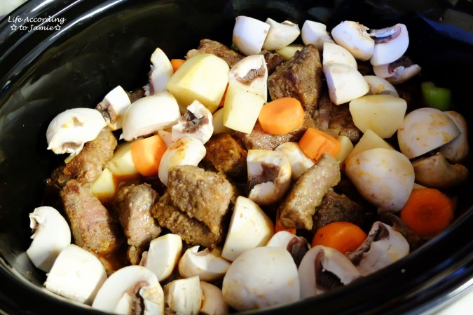 beef-stew-in-slow-cooker-2
