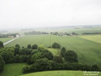 battle of waterloo memorial - green fields