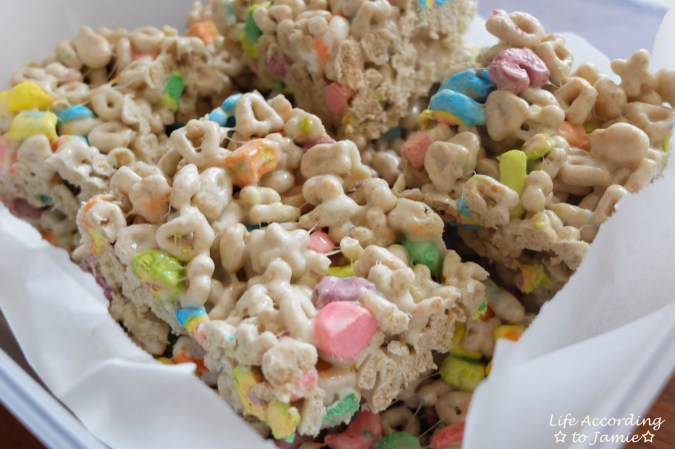 Lucky Charms Crispy Treats 4