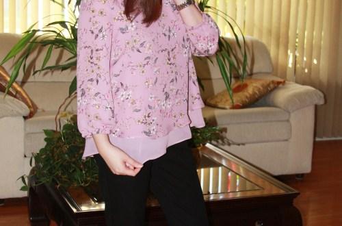 Daisy Mauve + Lace Trim