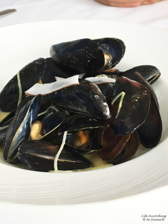 The Watermark Restaurant - Mussels