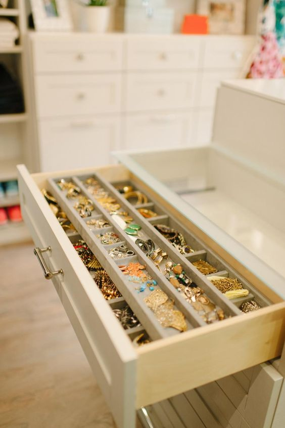 walk in closet - jewelry drawer
