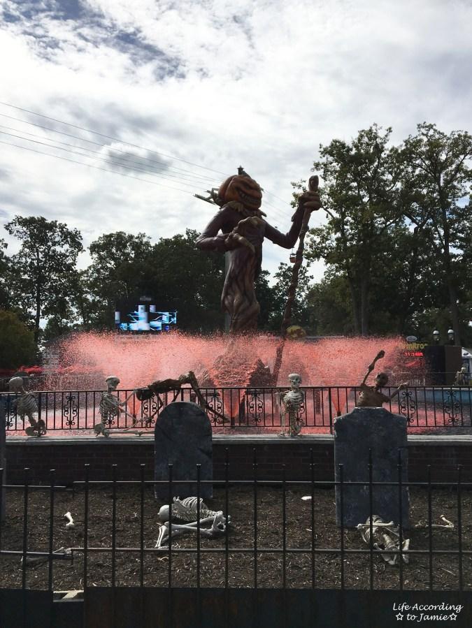 Six Flags Great Adventure - Halloween Decorations 2