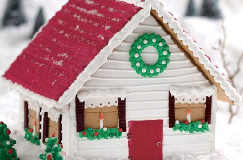 Vermont Holiday Gingerbread Farmhouse