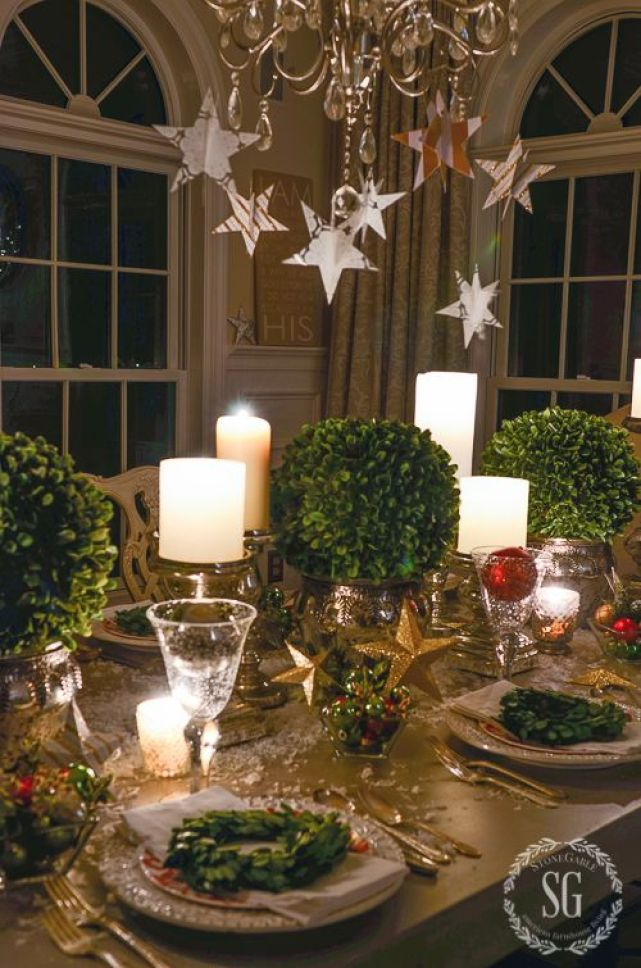 christmas tablescape - boxwood bouquets 1
