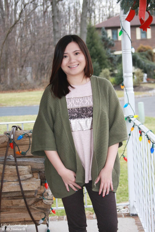 Sequins Stripe Tee + Khaki Chunky Knit 10