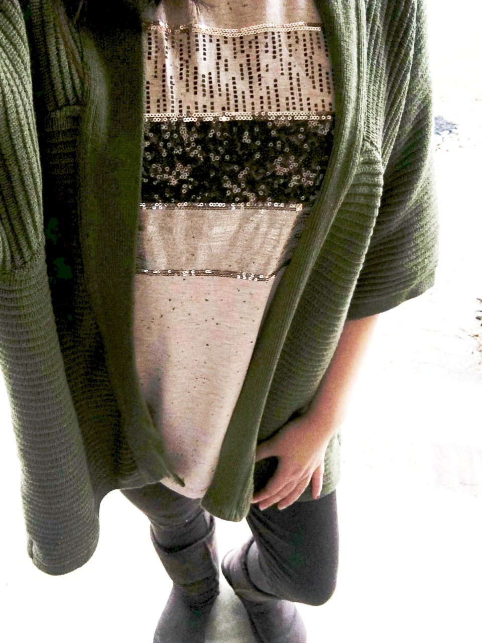 Sequins Stripe Tee + Khaki Chunky Knit 2