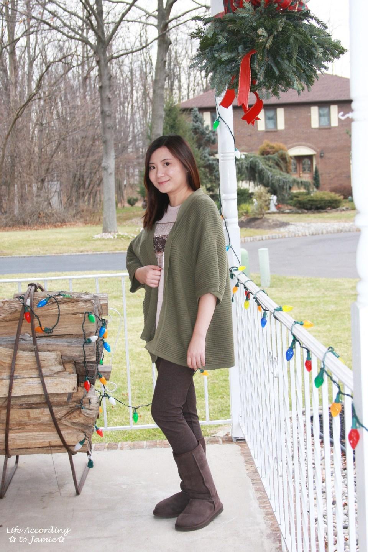 Sequins Stripe Tee + Khaki Chunky Knit 5