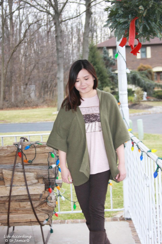Sequins Stripe Tee + Khaki Chunky Knit 7