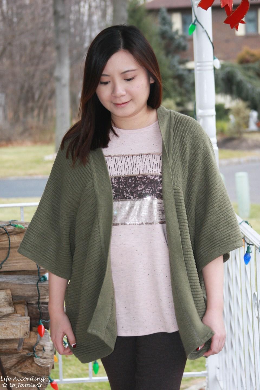 Sequins Stripe Tee + Khaki Chunky Knit 9