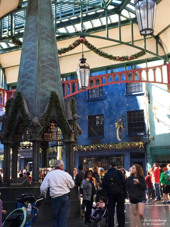 Universal Studios Orlando - Wizarding World of Harry Potter - Diagon Alley 1