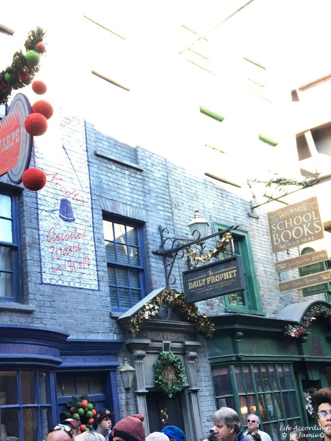 Universal Studios Orlando - Wizarding World of Harry Potter - Diagon Alley 8