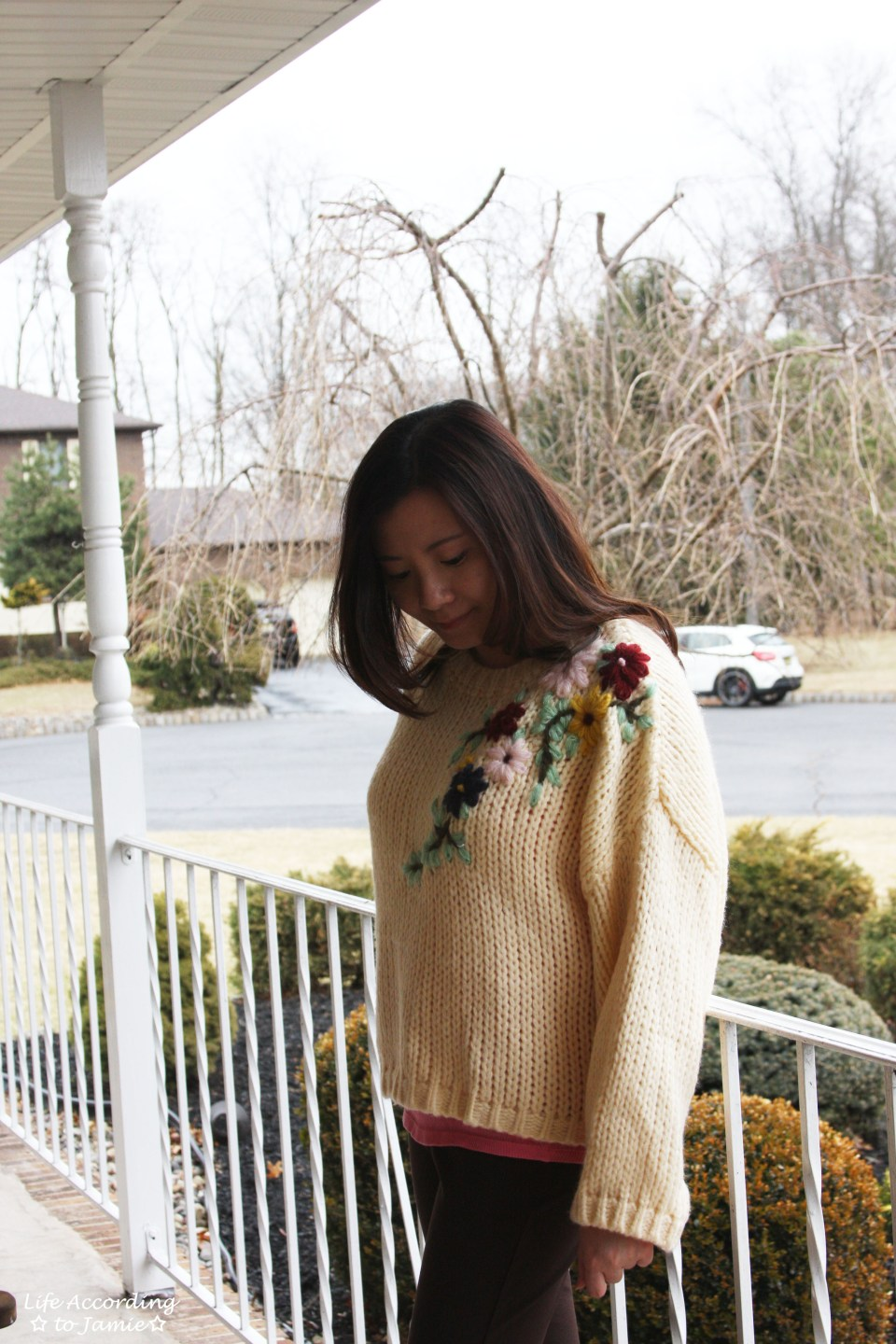 Flowering Branch Chunky Knit 13