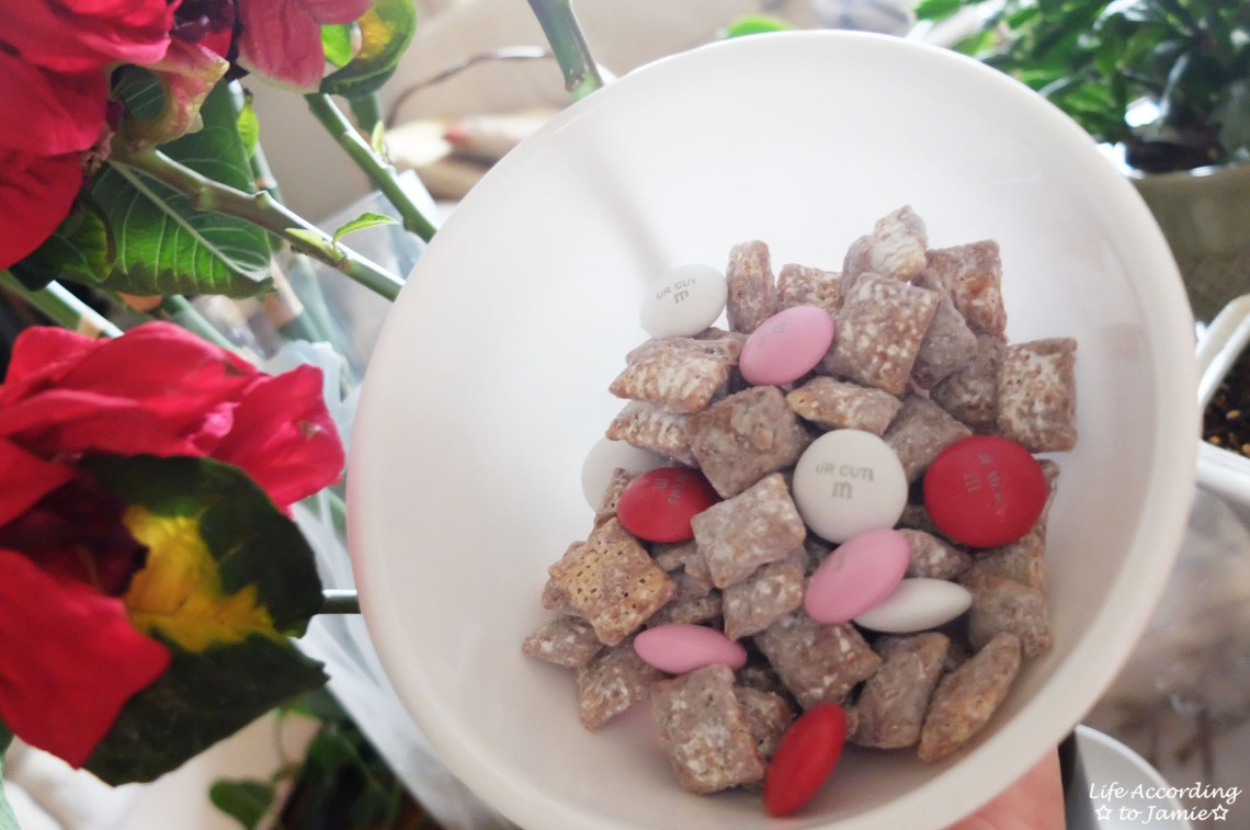 Valentine's Muddy Buddies