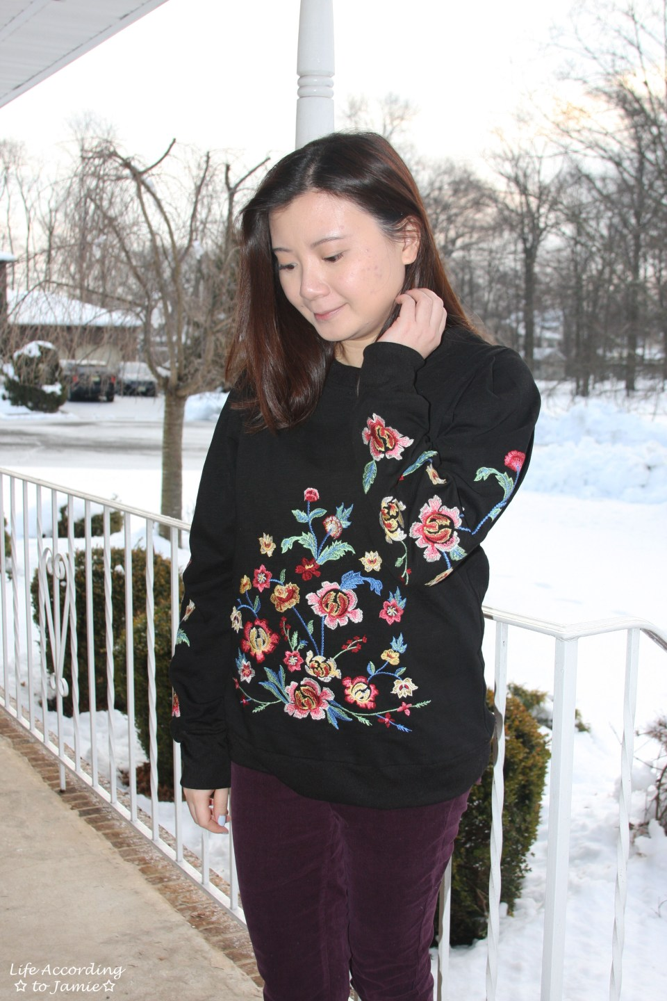 Floral Embroidered Sweatshirt 5