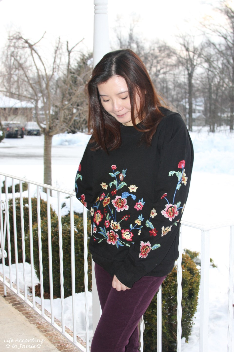 Floral Embroidered Sweatshirt 7