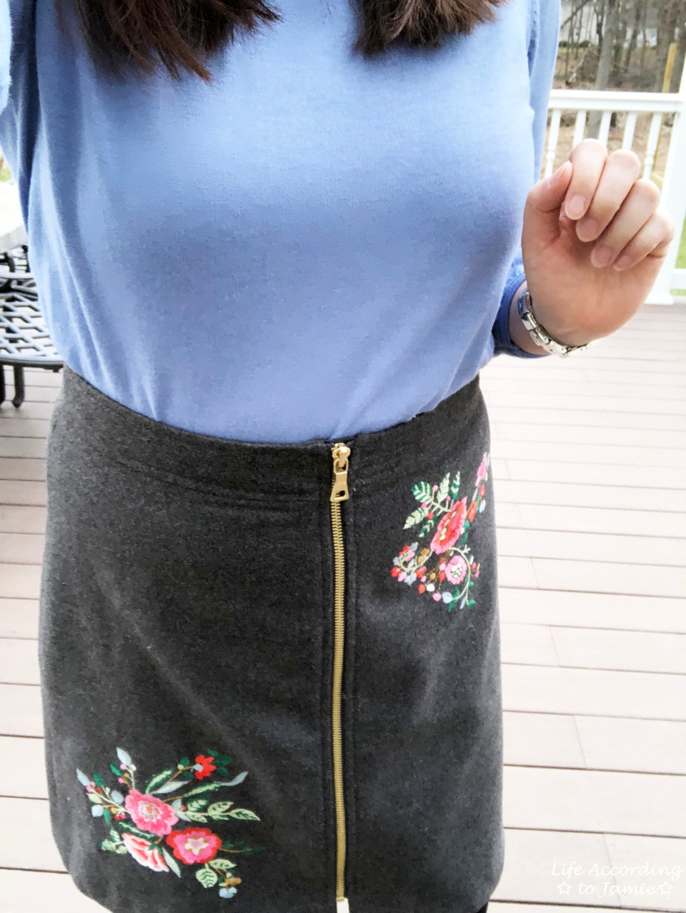 Floral Embroidered Zip Skirt 2