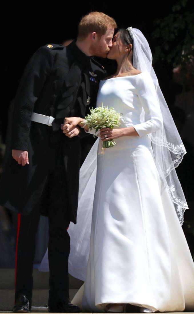 Prince Harry & Meghan Markle - Wedding Kiss 1