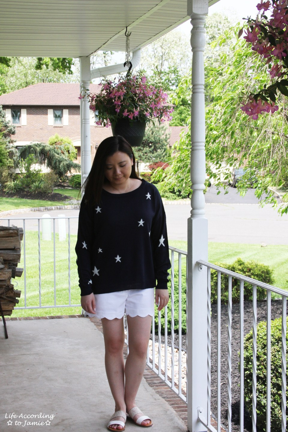 Star Sweater + White Scalloped Shorts 5