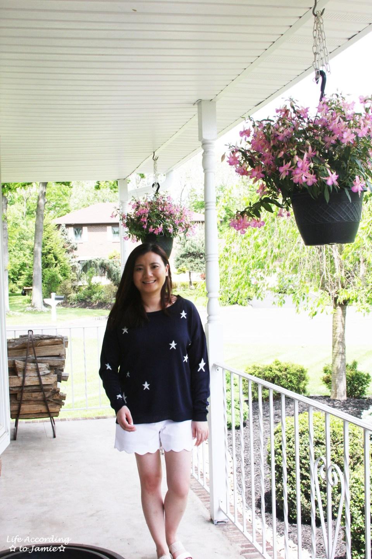 Star Sweater + White Scalloped Shorts 7