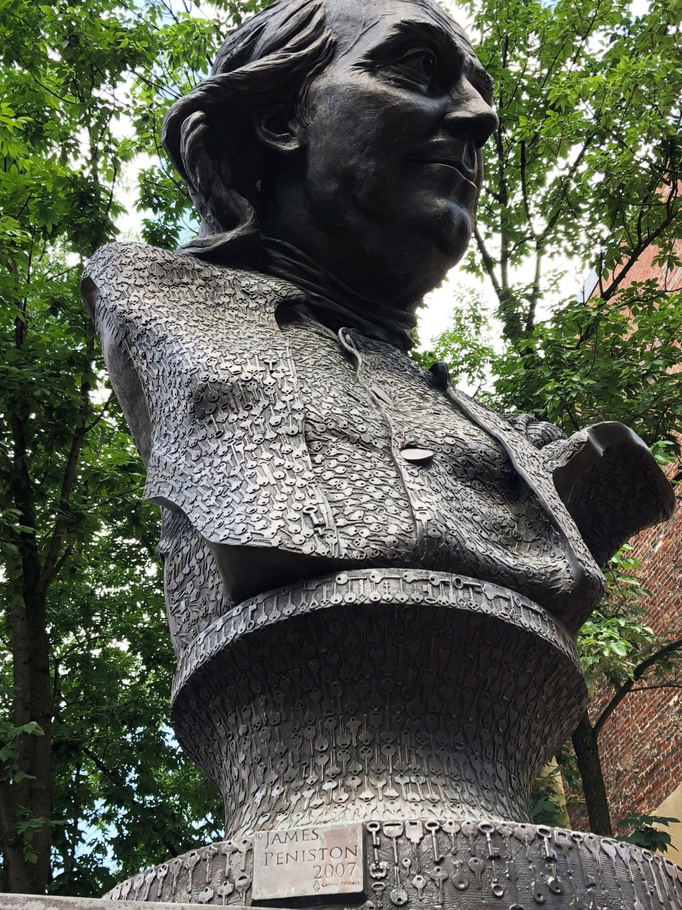 Benjamin Franklin key sculpture