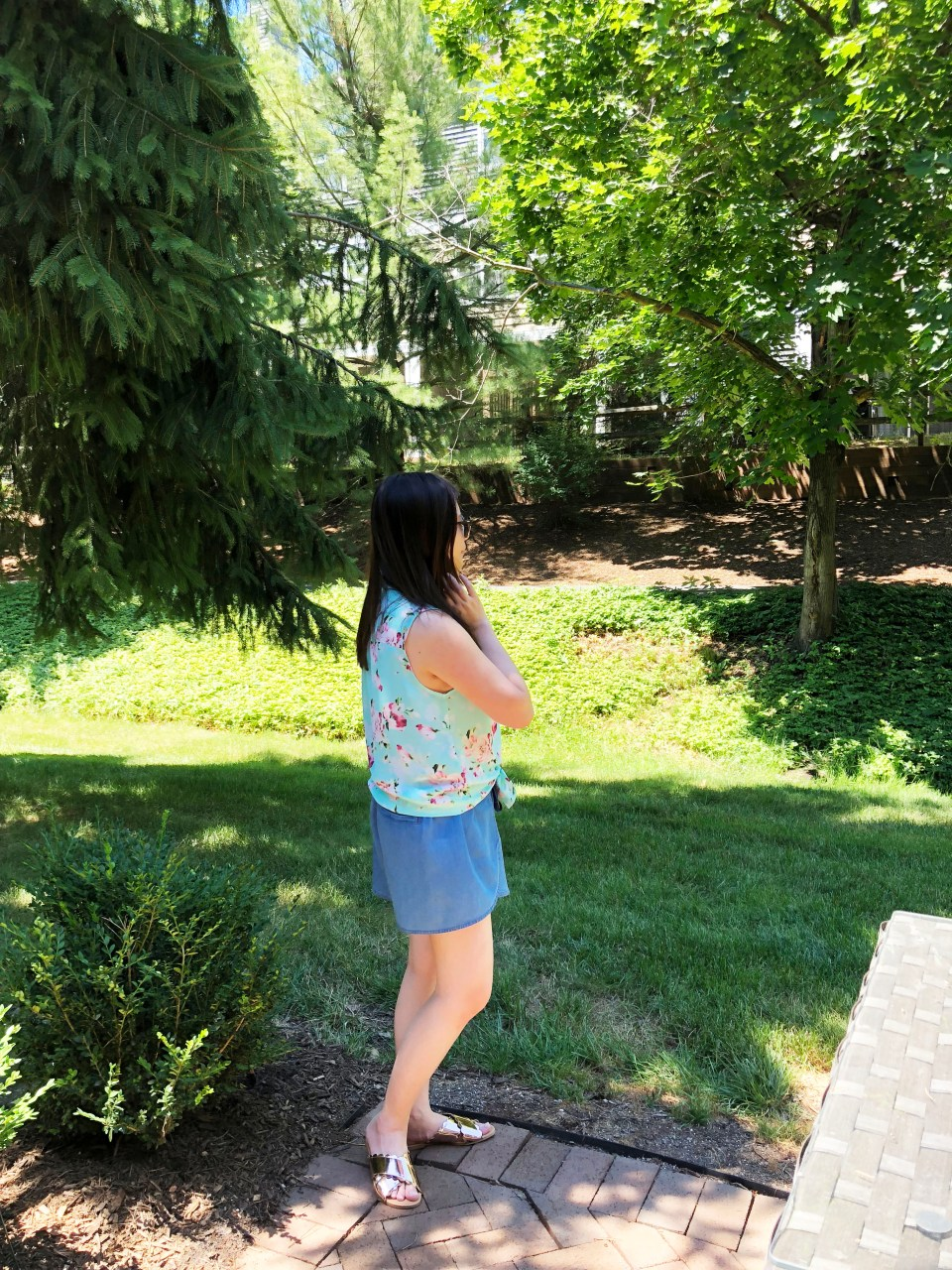 Floral Scalloped Trimmed Blouse + Tulip Shorts 2