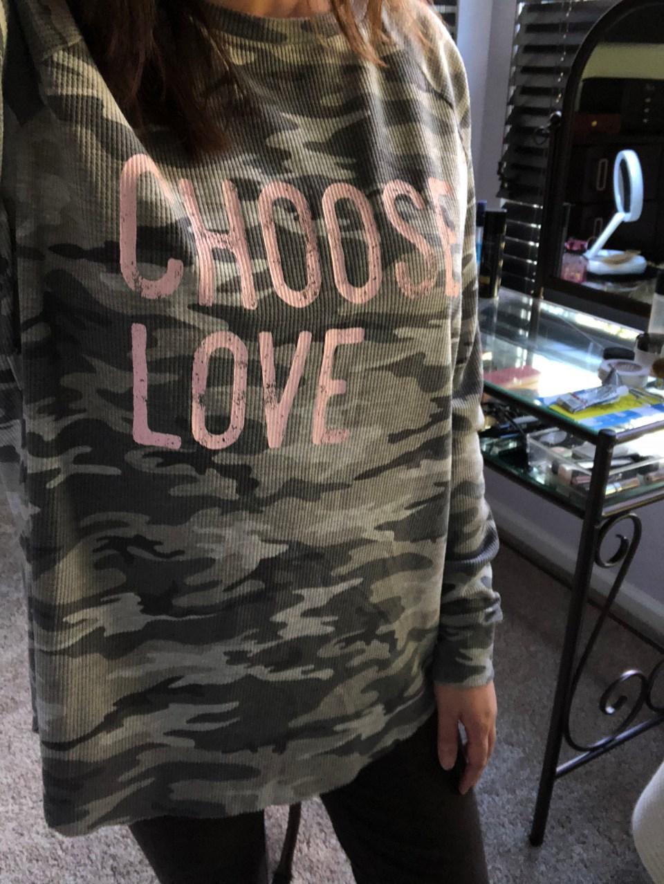 Choose Love Camo Thermal 6