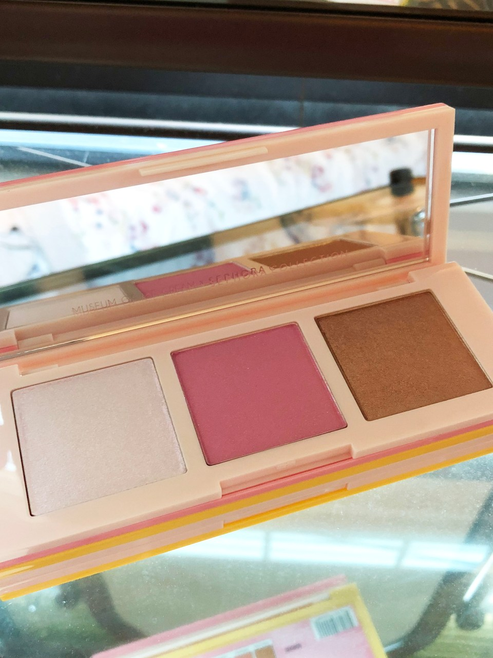 Museum of Ice Cream x Sephora - Sugar Wafer Palette 1