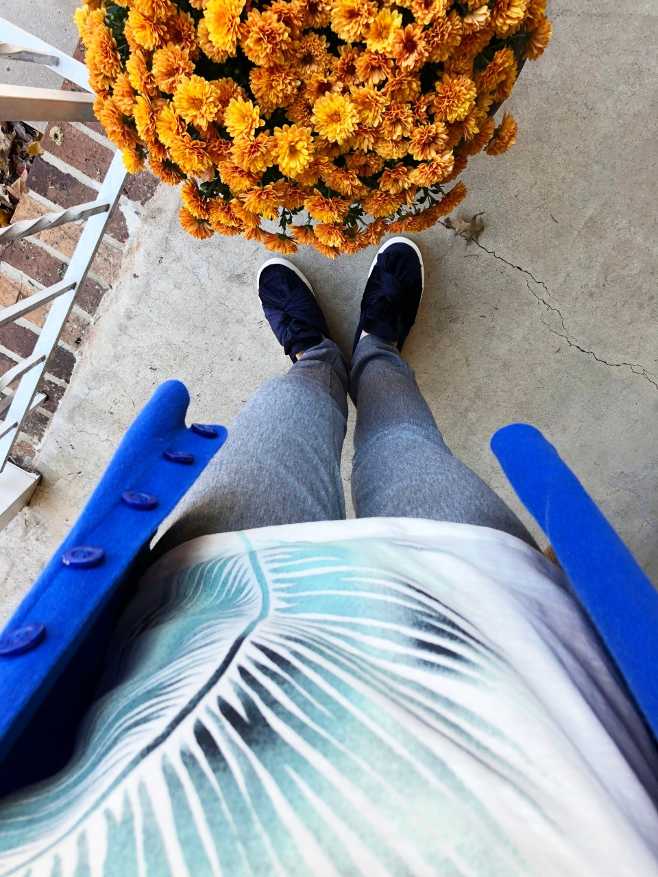 Cobalt Blue Cardigan + Palm Frond Tee 7