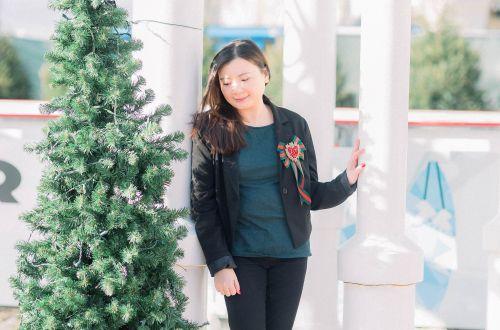 Blazer + Christmas Bow Brooch