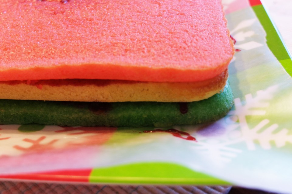Rainbow Cookie - cake layers 1