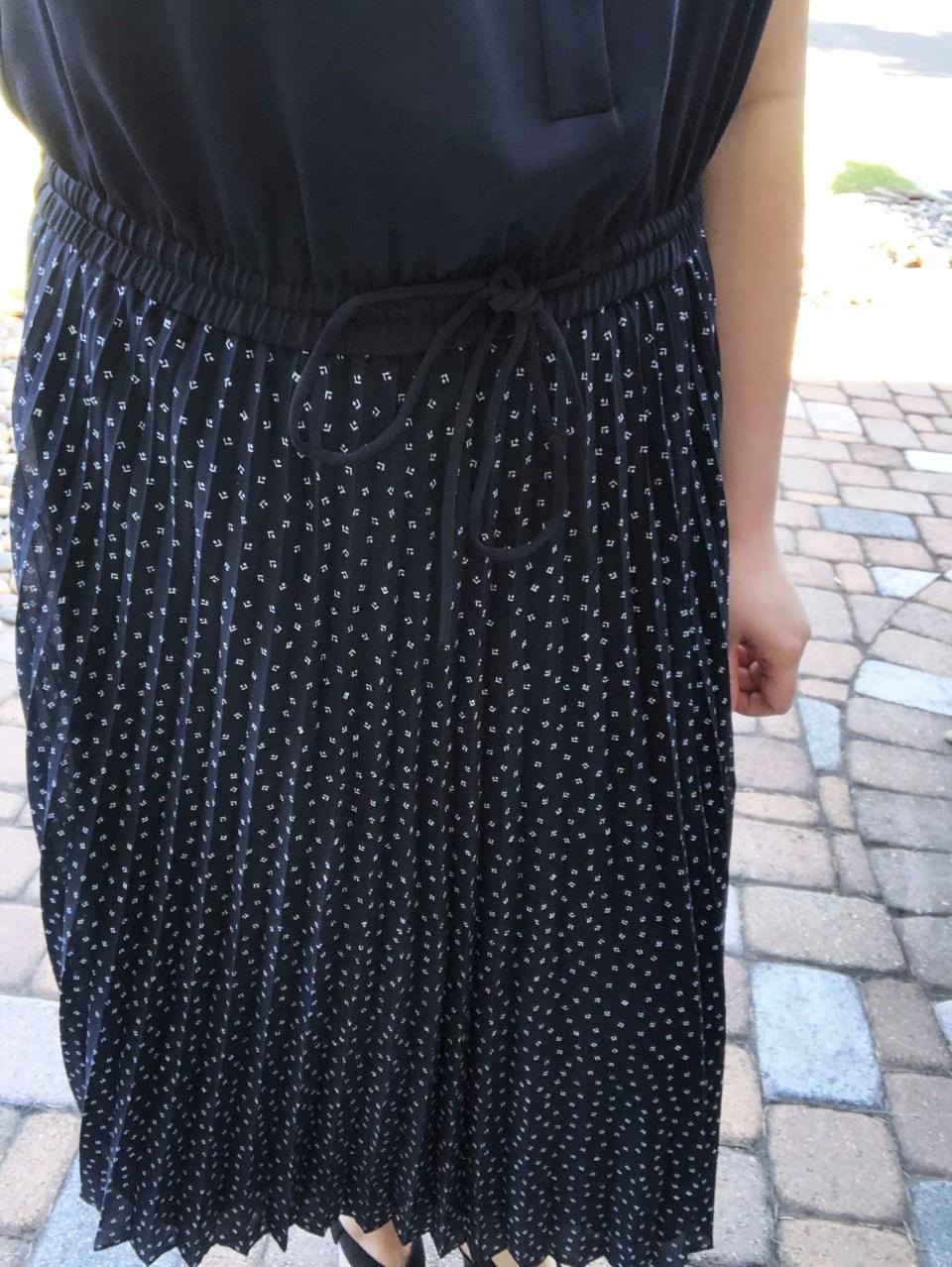 Geo Pleated Henley Dress 19