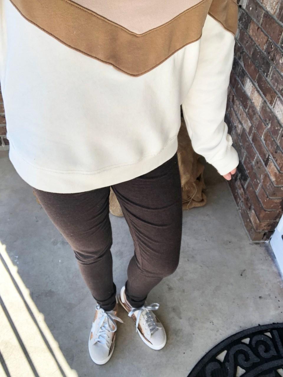 Chevron Colorblock Sweatshirt 15