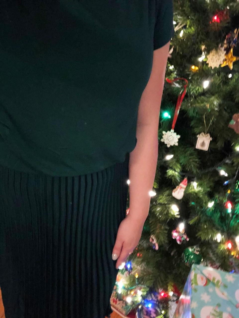 Emerald Green Pleated Midi Dress 15