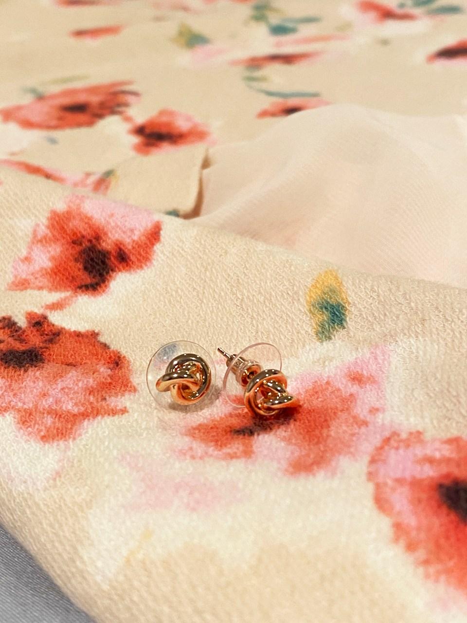 Love Knot Earrings 1