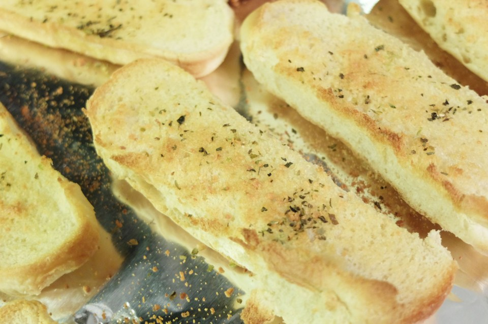 Copycat Pizza Hut Breadsticks 12