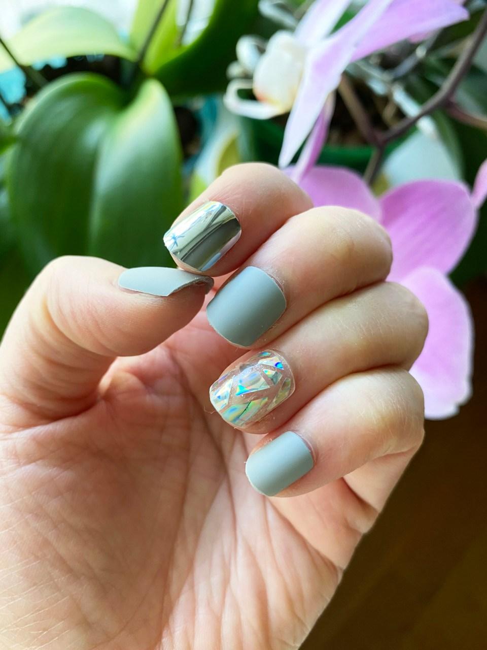 Femme Fatale Press-On Nails 5