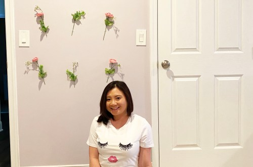 DIY-Flower-Wall