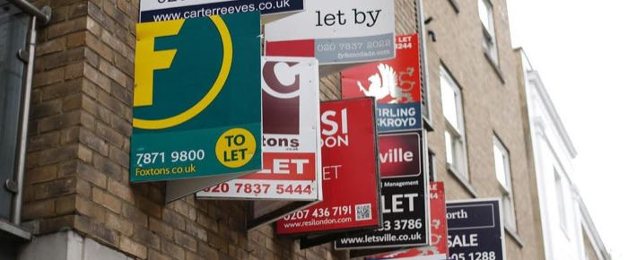 How to avoid letting agent renewal fees for landlords