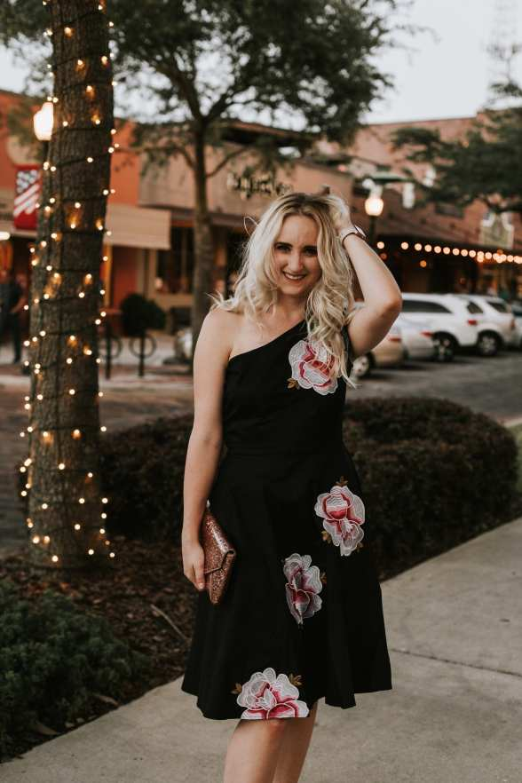 Gorgeous One Shoulder Date Night Dress 3