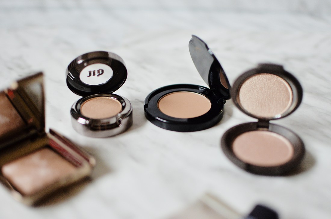 The Sephora Favorites Sunkissed Glow is a collection of 9 bronzing and highlighting essentials with 3 full sized items which justified its $54 price tag.