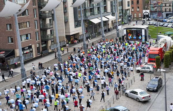 Dublin Gym 1escape successfully breaks Guinness World RECORDS™ for largest exercise ball class in the world