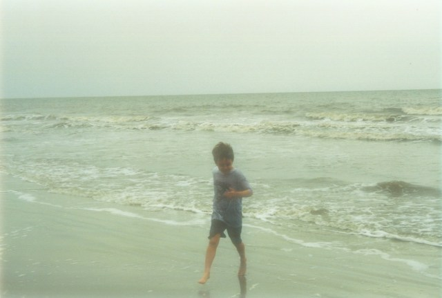 boy_in_ocean