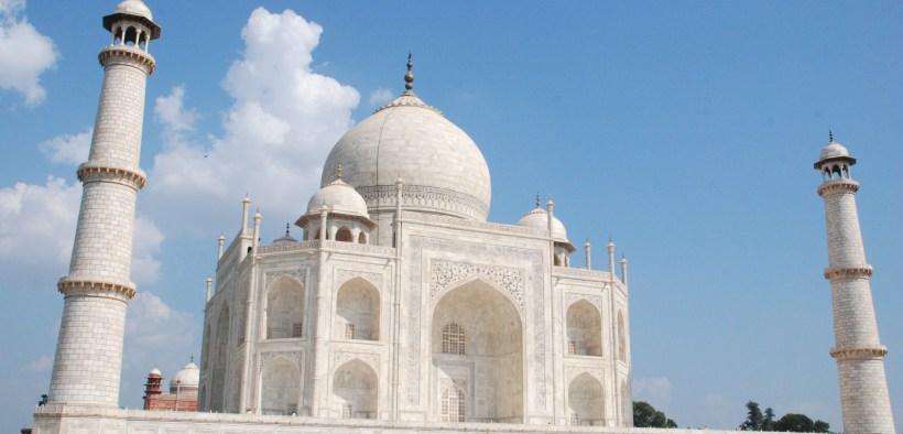 Taj Mahal, Ghats of Benares to move to Delhi!