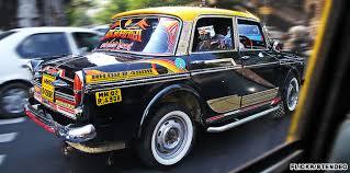 Mumbai taxi drivers turn COVID warriors