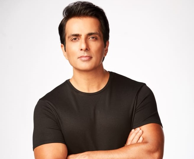 Time to create awareness about human rights: Sonu Sood