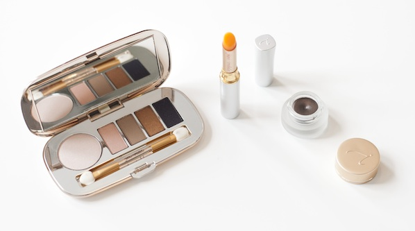 Jane-Iredale-Country-Weekend