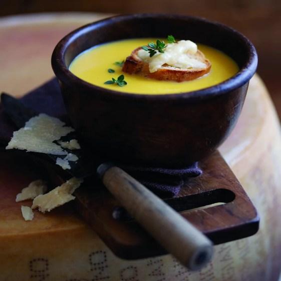 www.lifeandsoullifestyle.com -butternut-squash-soup