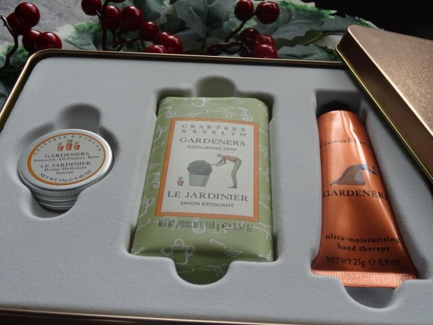 www.lifeandsoullifestyle.com – The Best Beauty Gifts this Christmas